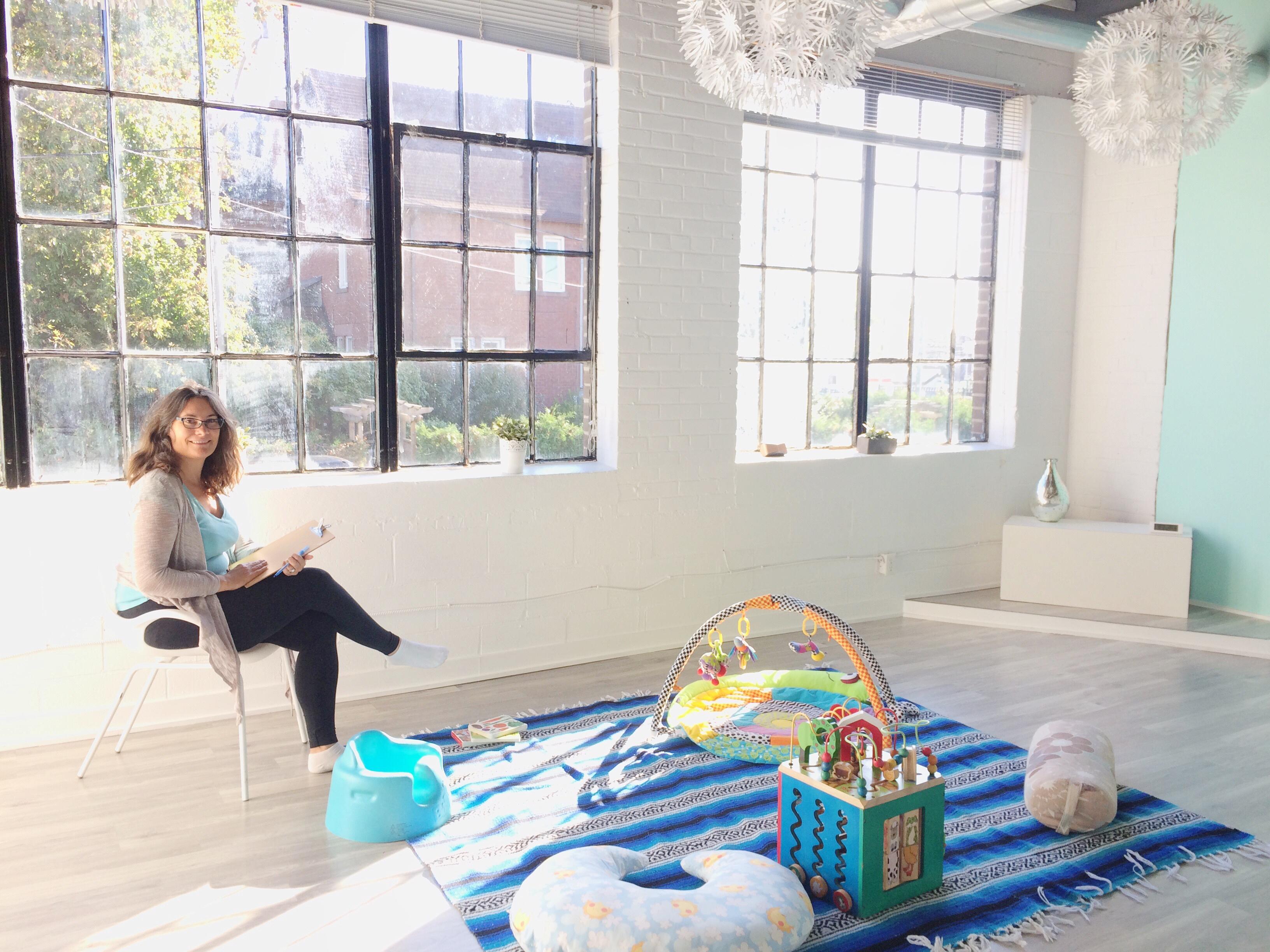childcare-at-yoga-mamas-elaine